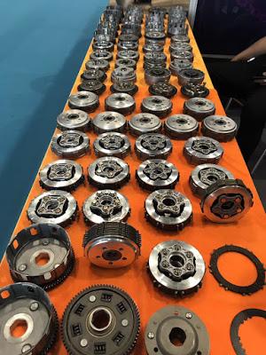 Nhà xưởng sản xuất bộ ly hợp của xe máy